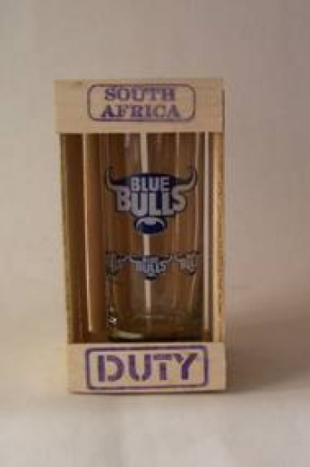 BLUE BULLS GLASS IN CRATE